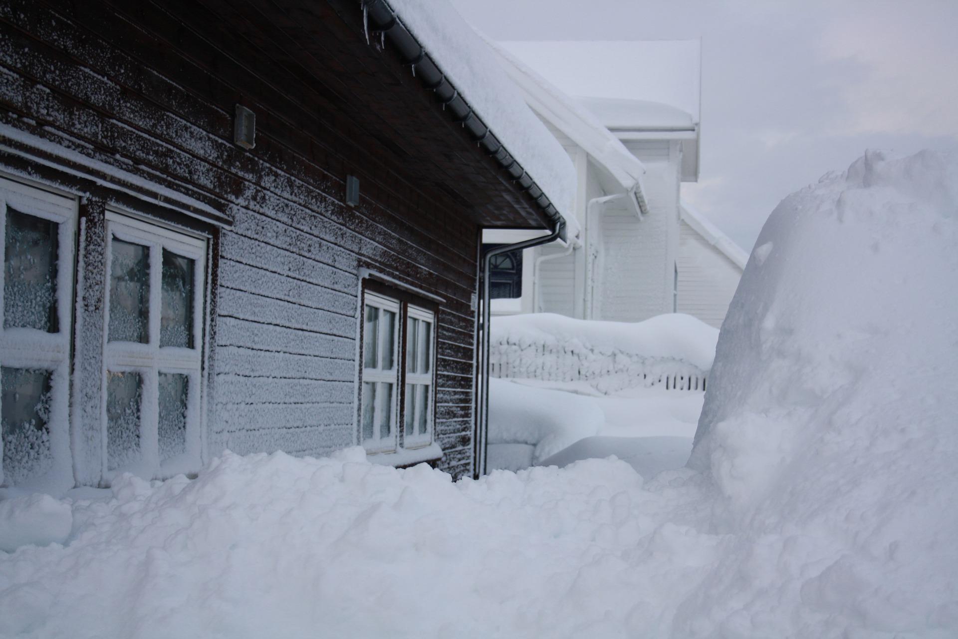 Idiomy angielskie związane z zimą - Blog o języku angielskim - to be snowed under